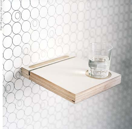 Bedshelf/Small table